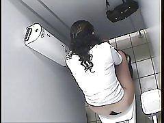 Arabiske pige toilet spion