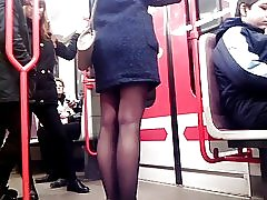 Sexede ben i metro 4 sexede ben i de underjordiske 4