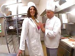 Den beurette servitrice fucking med kok i hans restaurant! f