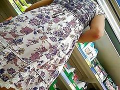 Under nederdelen, upskirt, trusse Sort, del 2